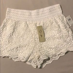 3/$20 RD Style white lace shorts